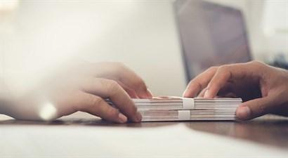 Změny v nebankovních půjčkách. Končí přechodné období pro poskytování úvěrů
