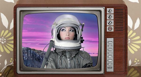 Retro i sci-fi. Pojištění včera, dnes a zítra