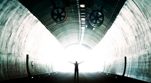 Miliardový solární tunel. Co si o tom myslíte?