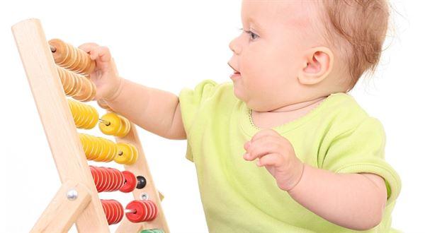 Mateřská a rodičovská pro OSVČ: Přehled a unikátní kalkulačka