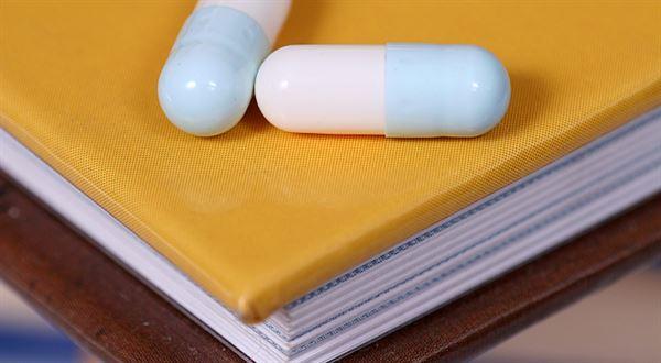 Léky a knihy mohou zlevnit. Snížení DPH podpořil i Senát