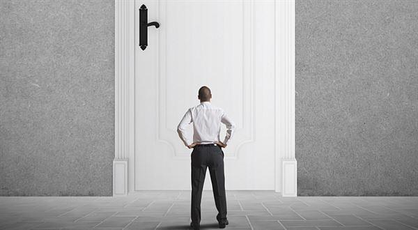 Kuponová privatizace: Drobní akcionáři, byli jste vytěsněni! Všimli jste si?