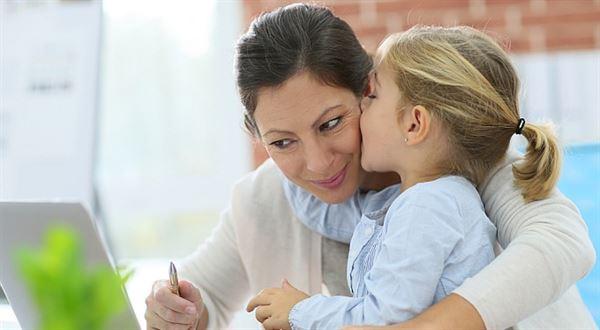 2016. Podnikatelka matkou: Mateřská a rodičovská pro OSVČ