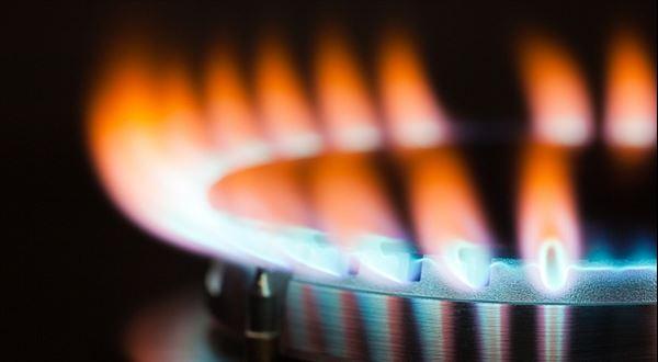 Přituhuje. Kolik letos zaplatíte za plyn, když topíte?