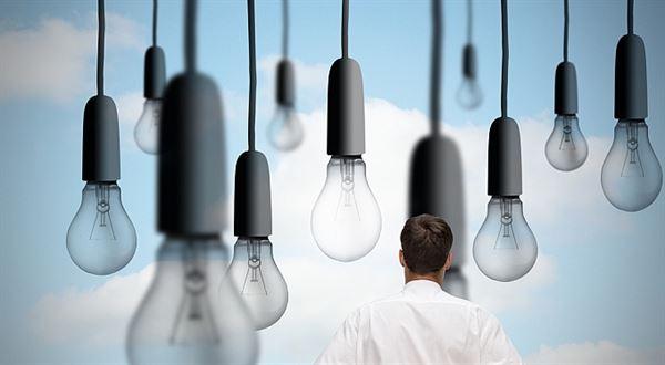 Měním dodavatele elektřiny. Mám se bát firmy z garáže?