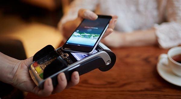 Online seznamky bez kreditních karet