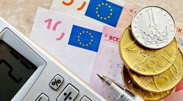 eTrader €uroBarometr: Proč ČNB indikuje napřesrok ještě silnější kurz koruny