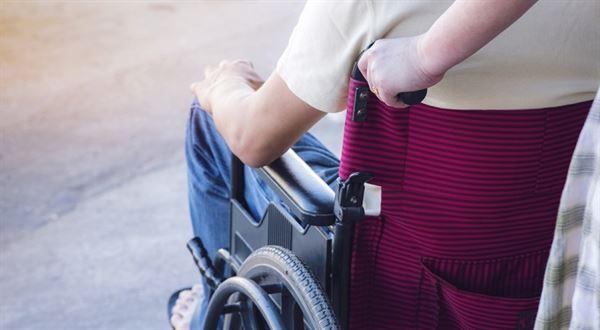 Invalidní důchod 2018. Kolik dělá a kdo má nárok?