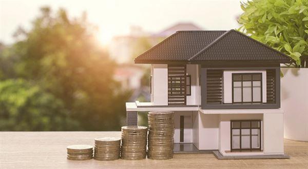 Konec levných hypoték? V říjnu zdražilo devět bank