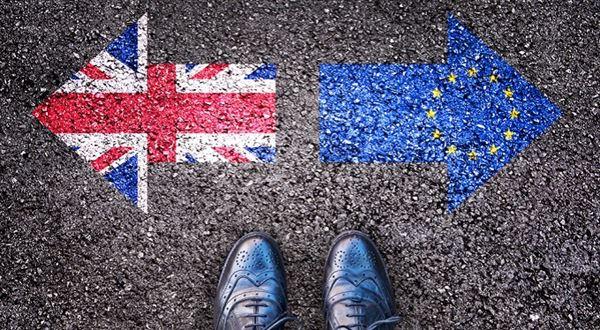"""eTrader €uroBarometr: Brexit se zadrhává. Budou další """"exity""""?"""