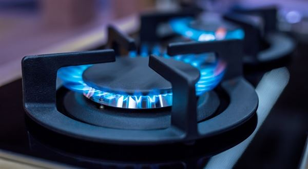 Češi mají čtvrtý nejdražší plyn v EU, drahá už je i elektřina