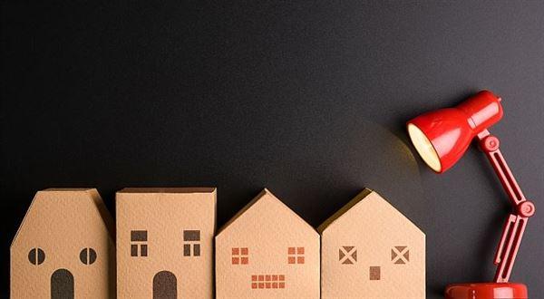 Daň z nemovitostí se blíží, úřady posílají složenky