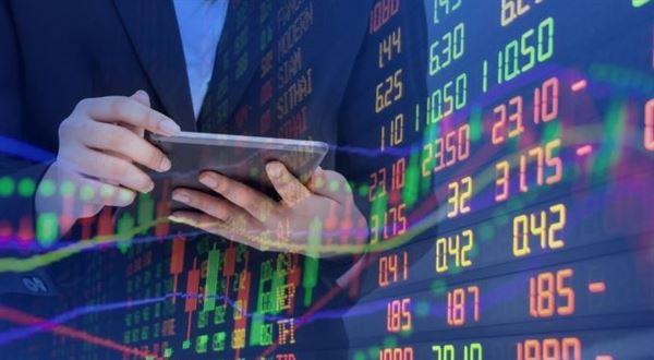 Expobank začala prodávat investice od Portu