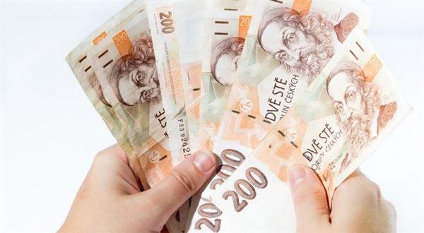 Odměny za založení účtu: Kdo teď dává nejvíc a jak snadno
