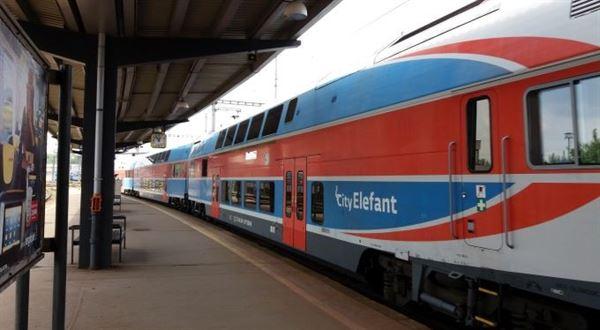 Chaos s jízdenkami na vlak. Stát vydal návod, chystá skryté zdražení