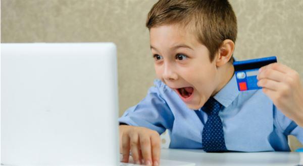 Dětské účty lákají i na vyšší kapesné. Poradíme, jak si vybrat