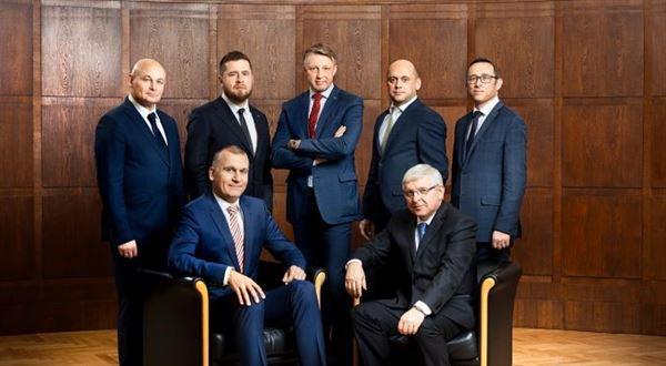 Bankovní rada ČNB začne zveřejňovat argumenty podle jmen