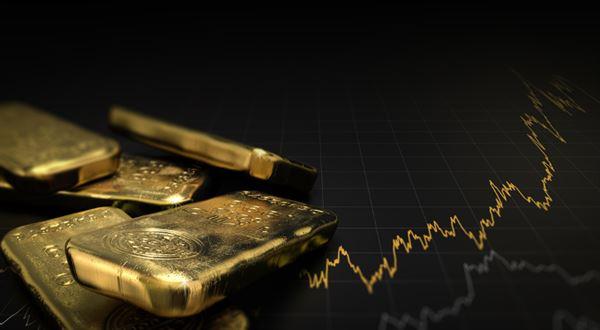 Cena zlata překonala absolutní rekord, sílí i bitcoin