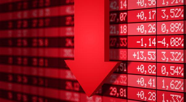 Akcie se na den vrátily na začátek krize, v USA propadly