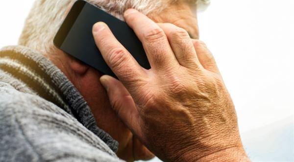 Česká spořitelna a Praha pomáhají seniorům s platbami
