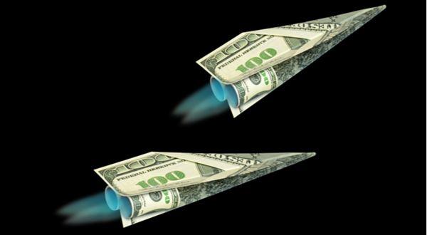 Jedno finanční letadlo padá, jiné právě vzlétá. Nasednete?