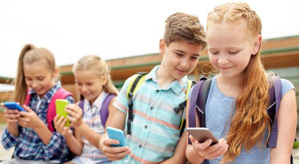 Air Bank má mobilní bankovnictví pro děti