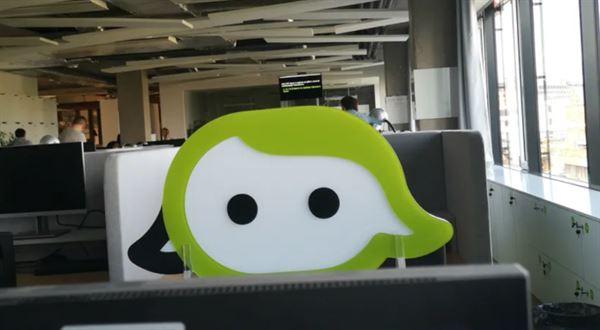 Air Bank má Anetu. Chatbot poradí i zavtipkuje