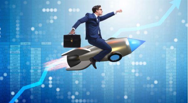 Podílové fondy: Fed tlačí na pilu a technologie letí vzhůru