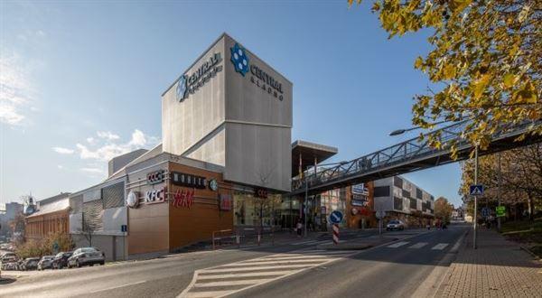 Největší obchodní centrum ve Středočeském kraji mění majitele