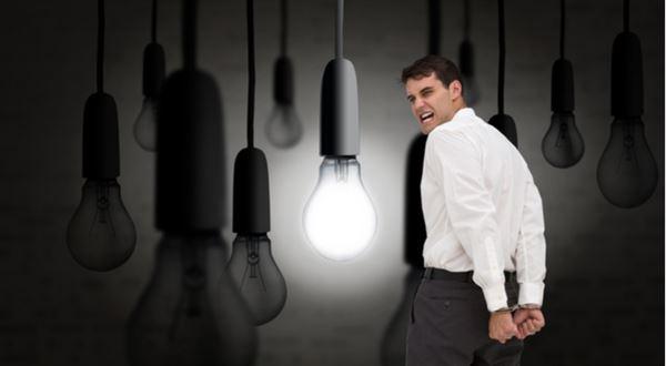 Šmejdi přijdou o energii. Podvodníky zkrotí nová pravidla