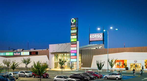 Conseq má první nákupní centrum