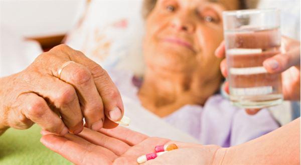 Dlouhodobé ošetřovné využije víc lidí. Podmínky zmírní