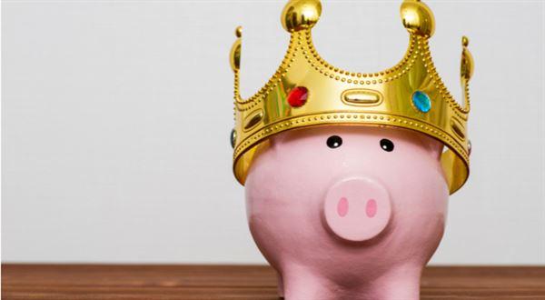 Běžný účet láká na úrok, který překoná spořicí účty