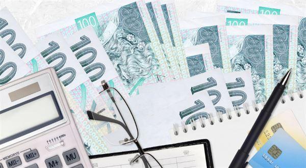 Dřív do důchodu kvůli vyšší valorizaci? Konec roku přinese velké dilema