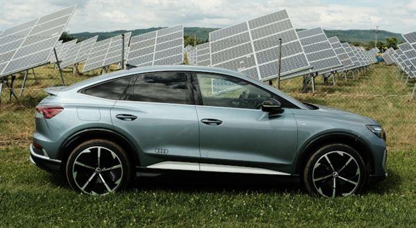 První elektrický hit od Audi? Zkusili jsme nové SUV