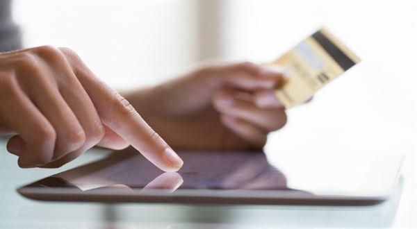 Až o 20 % levnější nákupy. Banky lákají na kreditky