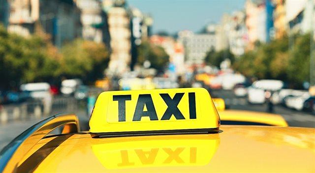 Proč udělat z taxislužby volnou živnost