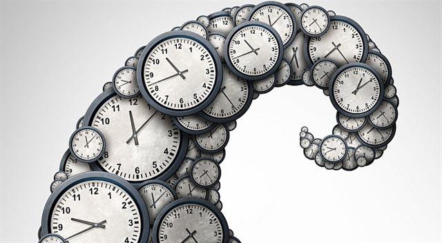 Práce přesčas. Kdy musíte jít a kolik za to