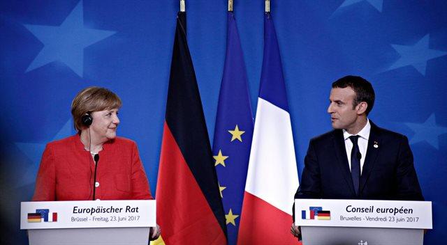 A zase úpíme. Pod Německem a Francií