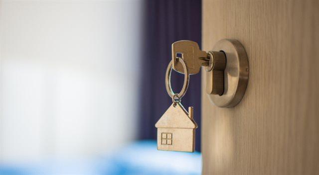 Zlevňování hypoték končí. Do banky ale spěchat nemusíte