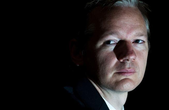Sejměte Assange!