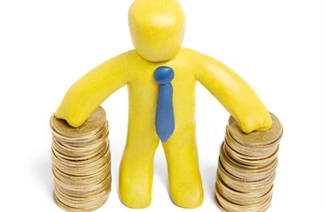 Anketa: Měl by se zrušit poplatek za vedení úvěrového účtu?