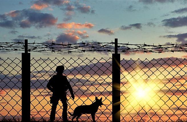 Pět témat důležitějších než ochrana českých hranic