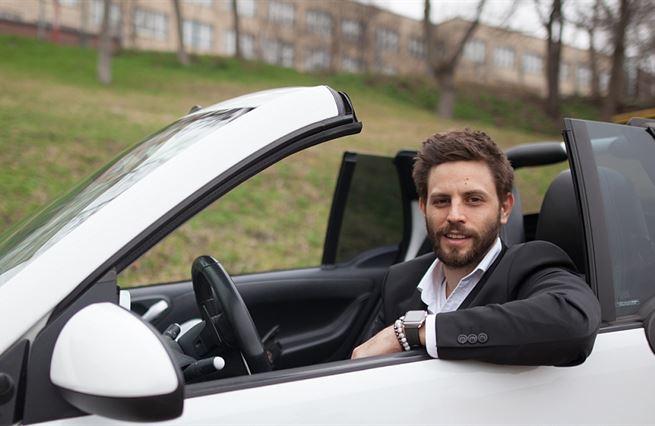 Jan Charouz: Dělíme se o bydlení, proč ne o auta
