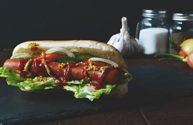 Proč už si ve Francii nedáte vegetariánský párek
