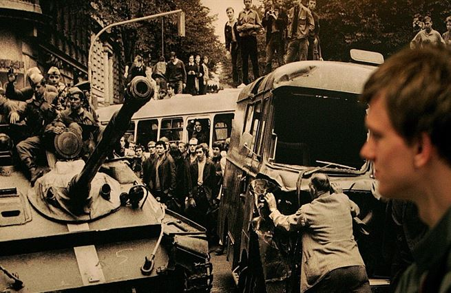 Šikova třetí cesta pod pásy sovětských tanků