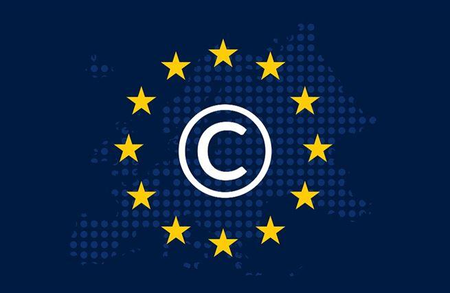 Směrnice EU o copyrightu: voda na mlýn Facebooků a Googlů
