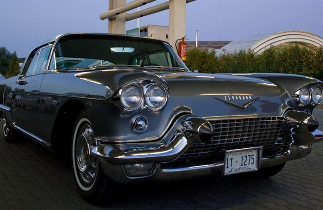 Co nám může křídlatý Cadillac říct o růstu nerovnosti bohatství