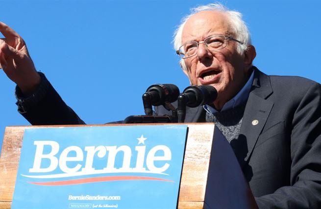 Bernie Sanders, revolucionář z Jurského parku