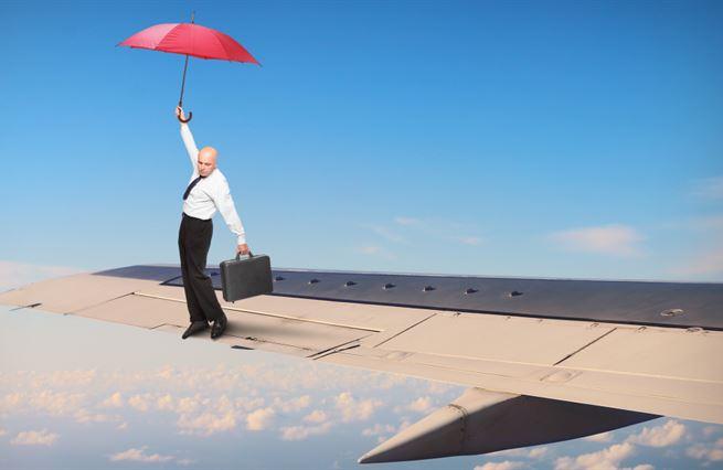 Podvody: Miliardové letadlo padlo. Jiné nabírá výšku